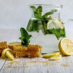 Les bienfaits du miel, de la propolis, et de la gelée royale pour notre santé