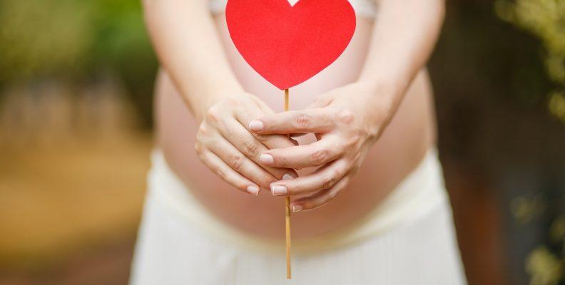 astuces naturelles pour faciliter et déclencher son accouchement