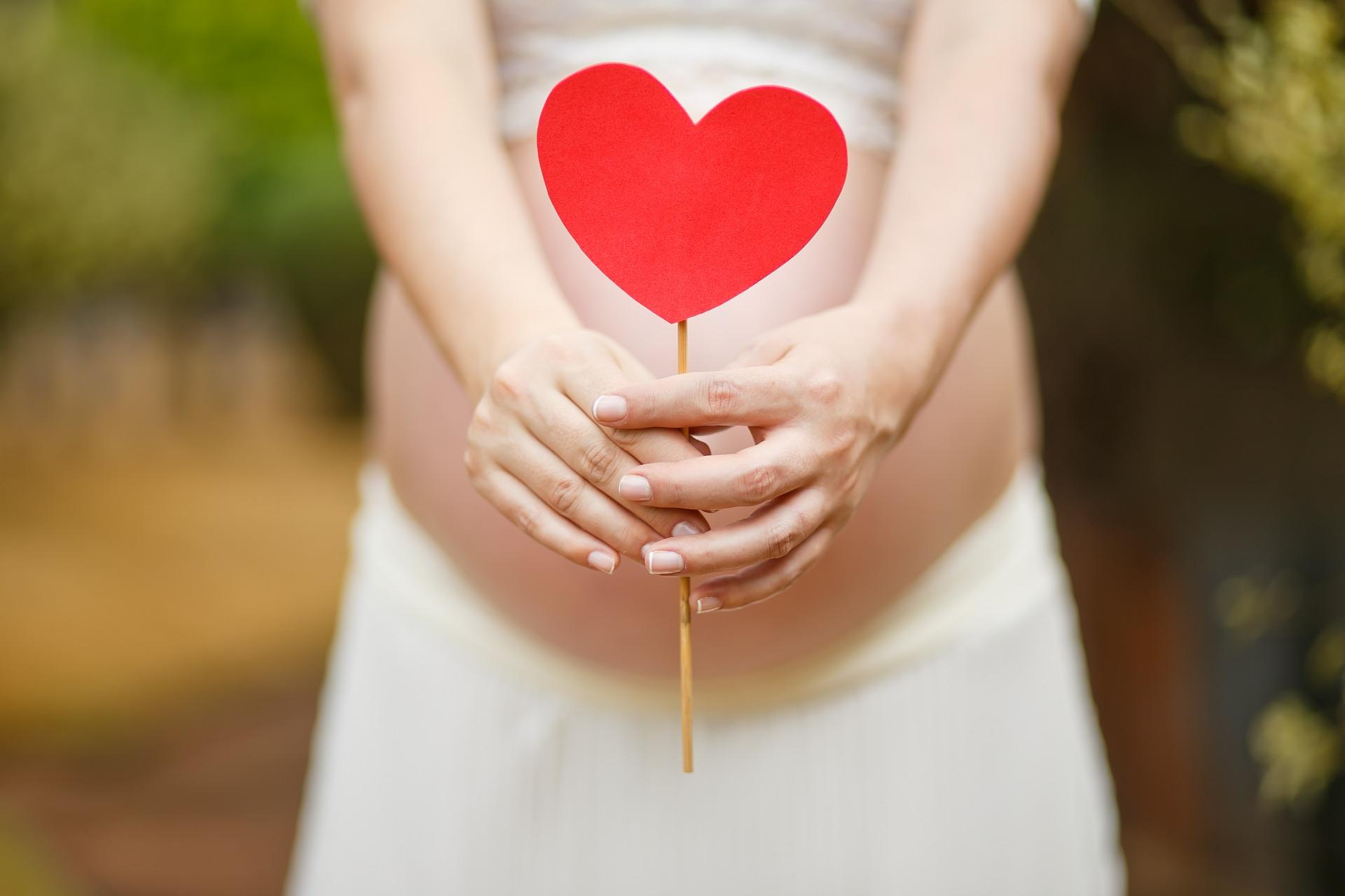 3 astuces naturelles pour faciliter son accouchement
