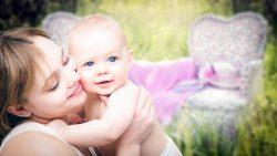 Wie man Baby gastroösophageale Reflux-Krankheit behandelt (Gerd)