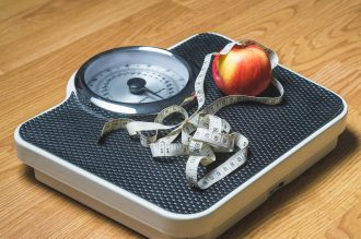 Savoir choisir un complément alimentaire minceur efficace pour perdre du poids avant l'été