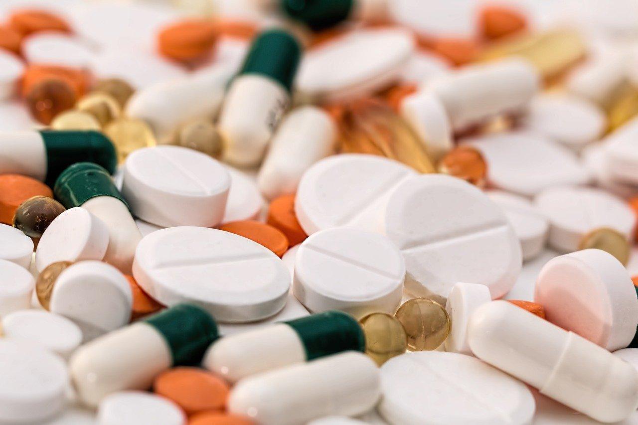 Ibuprofen und zwischen zeitabstand aspirin IBUPROFEN AL